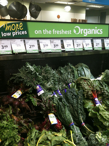 Organic produce at Save-on Foods by thegreenpages